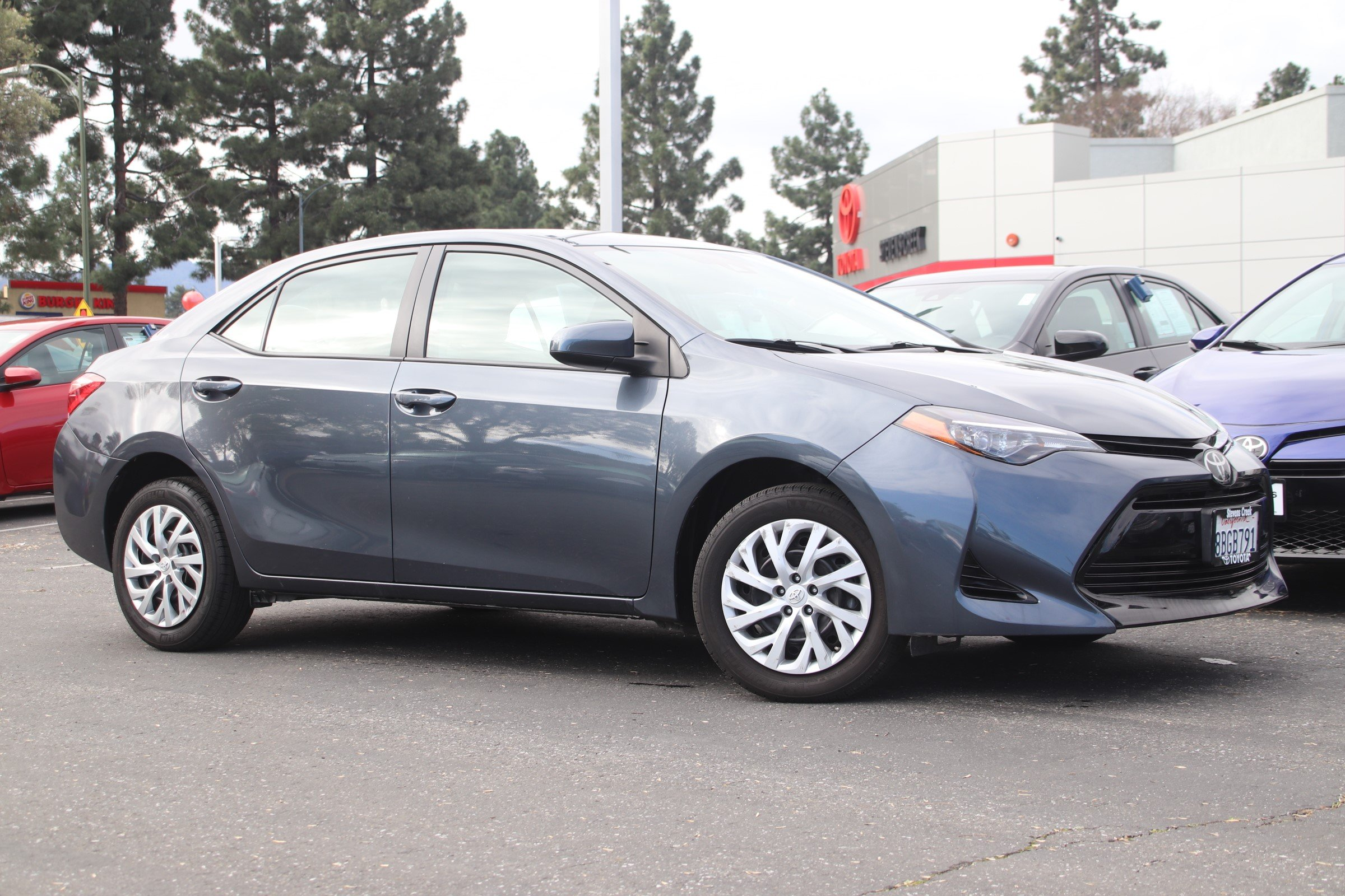 Certified Pre-Owned 2018 Toyota Corolla Le Sedan
