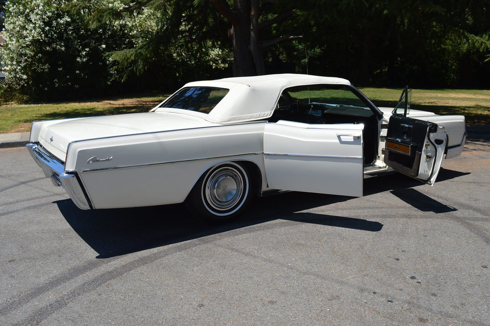 Pre-Owned 1967 Lincoln Continental Convertible Gorgeous ...