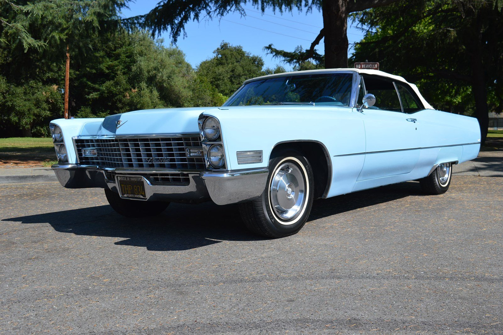 pre owned 1967 cadillac deville convertible venetian blue. Black Bedroom Furniture Sets. Home Design Ideas