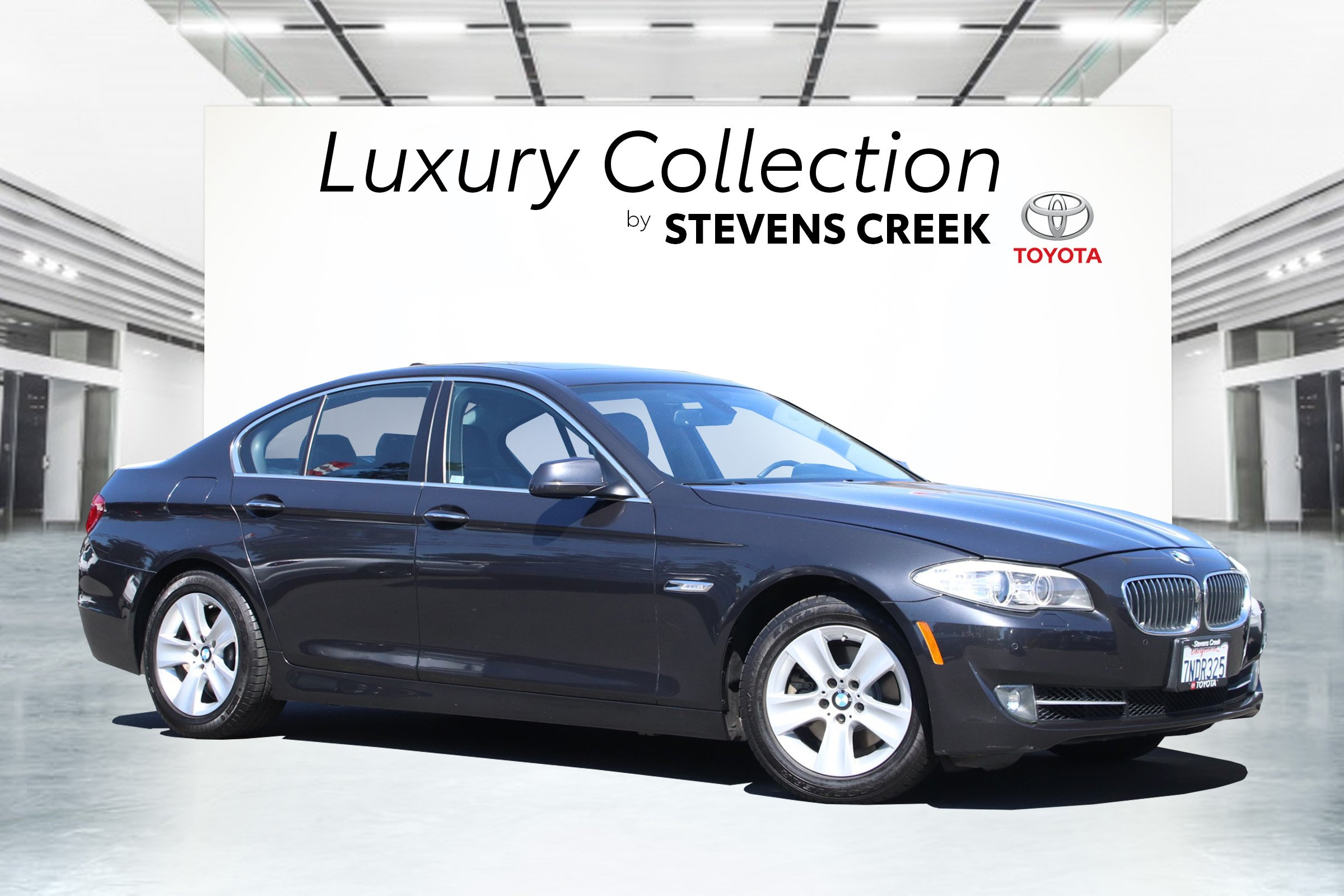 Pre-Owned 2012 BMW 5 Series 528i