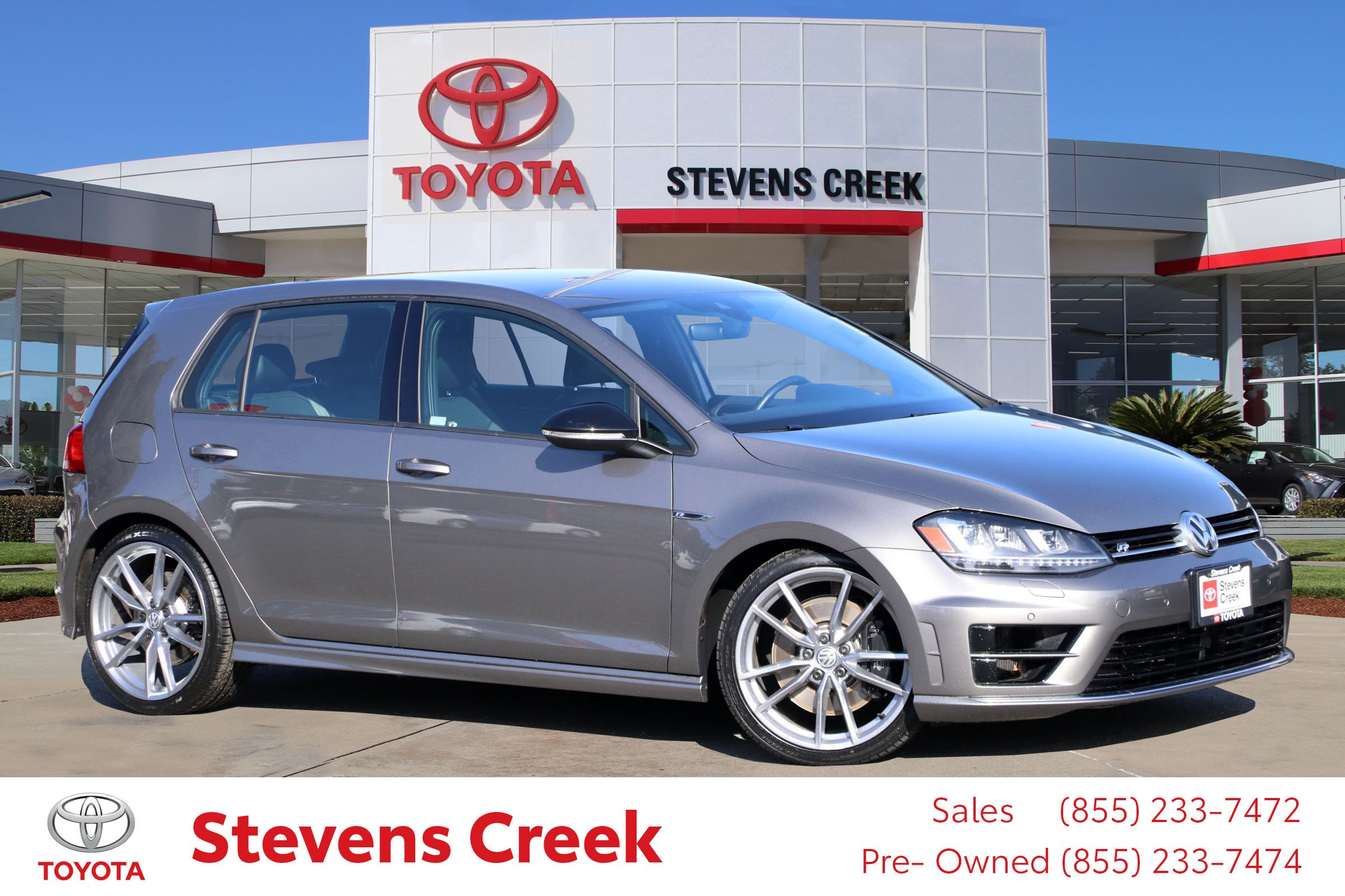 Pre-Owned 2017 Volkswagen Golf R Hatchback Sedan