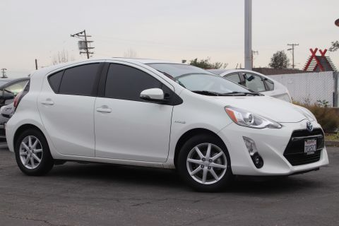 Certified Pre-Owned 2016 Toyota Prius C STD